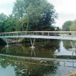 De brug is gereed en kan weldra in gebruik worden genomen. met dank aan Macadam Bakkeveen voor het fotomateriaal
